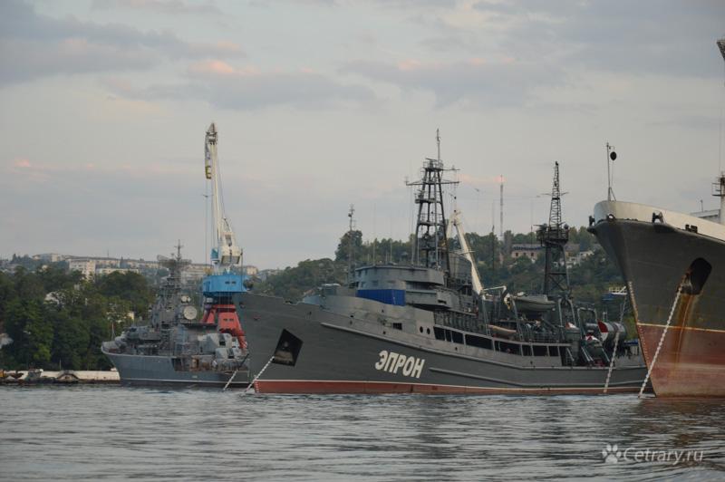 """Спасательное судно """"ЭПРОН"""" Черноморского Флота"""