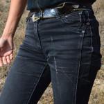 Сама природа рисует модные узоры на джинсах