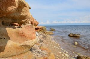 Рыжие скалы Черного моря