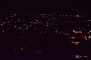 Ночной судак, слева сверху светится Новый свет