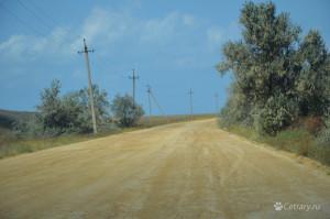 Дорога на Бакальскую косу, официальная, с платный пропускным пунктом, на халявной после ливня не проехала даже нива